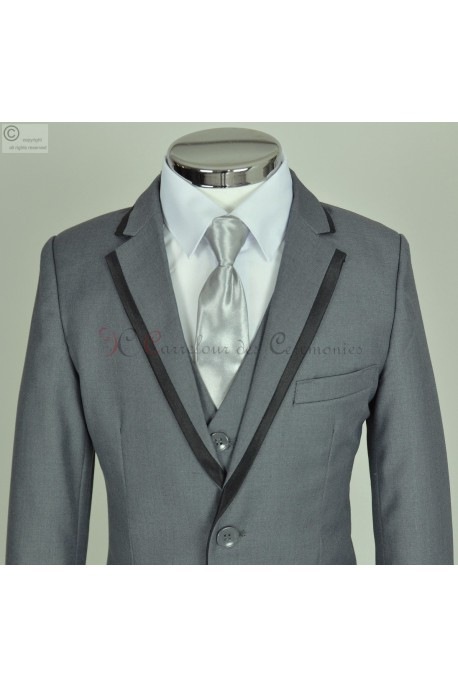costume gris Theodore