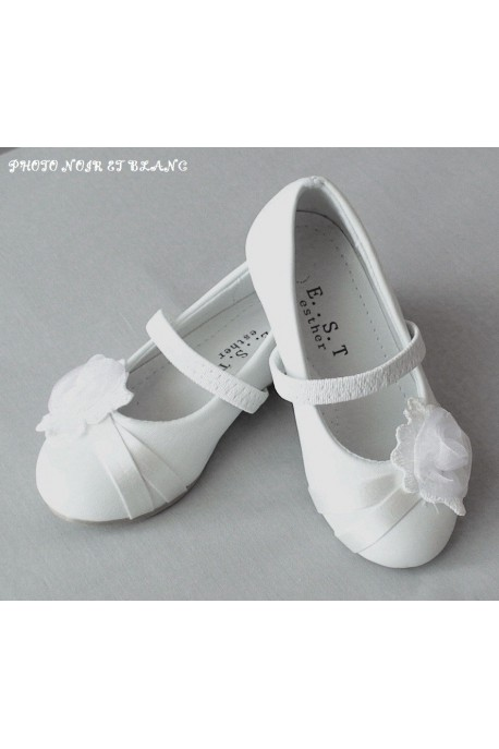 Ballerines blanches pour communion