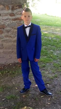 costume ajuste enfant bleu